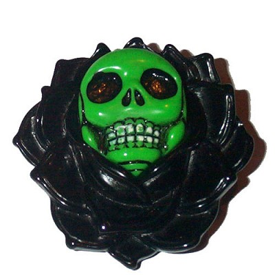 Kreepsville Black Skull Rose Brooch